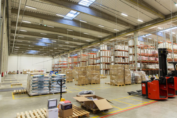 Short and long-term ambient and/or temperature controlled Warehouse storage company in Mississauga Ontario servicing Canada and the U.S. east coast
